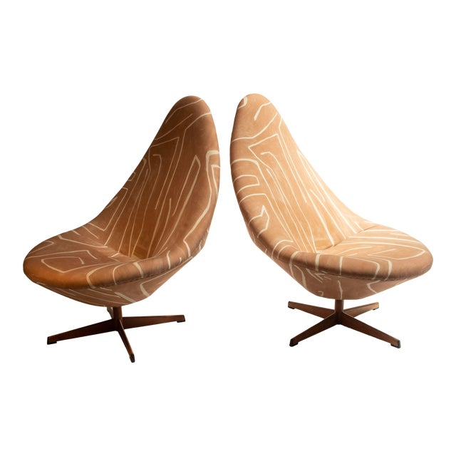Farstrup Organic Tongue Lounge Chairs - a Pair For Sale