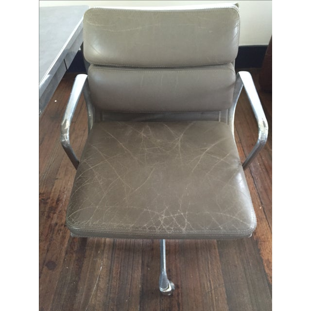 Herman Miller Soft Pad Management Chair - Image 3 of 10