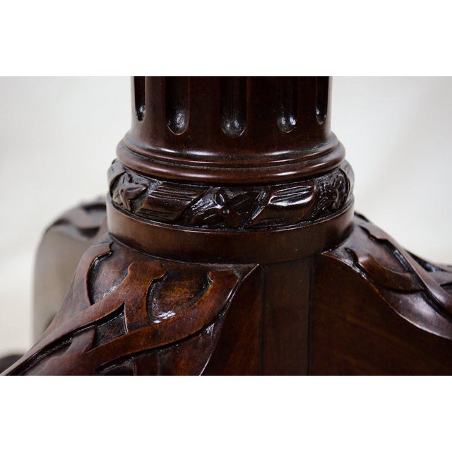 19th Century English Traditional 3-Tier Walnut Dumbwaiter Table For Sale - Image 10 of 13