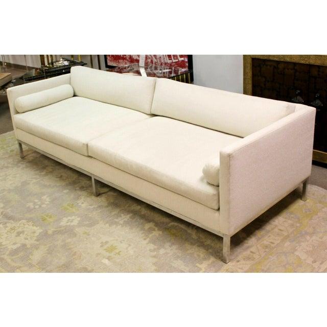 White Mid Century Modern B&b Italia Chrome Base Sofa Italy 1970s Baughman Era For Sale - Image 8 of 10