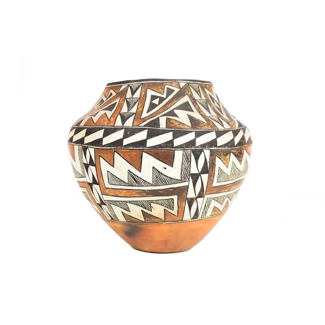 Antique Native American Polychrome Pottery Jar Acoma For Sale - Image 5 of 9