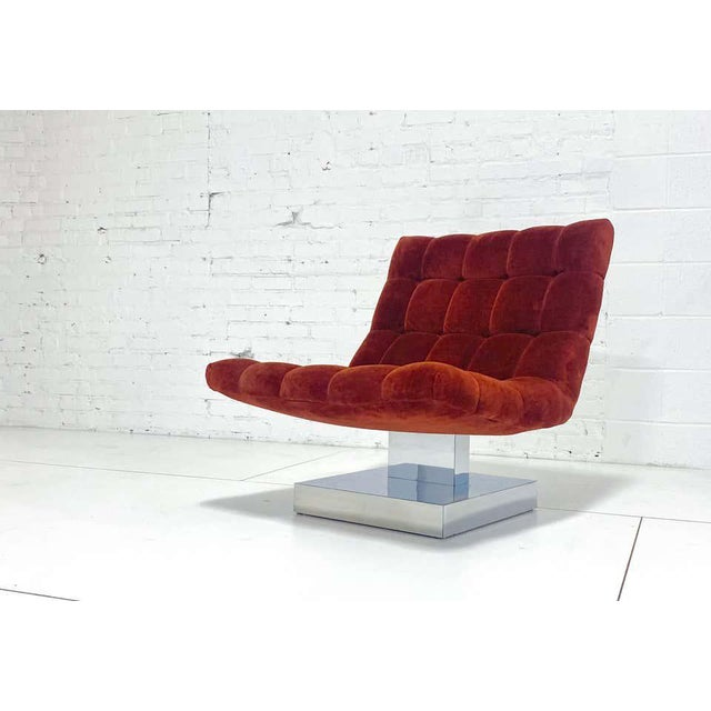 Mid-Century Modern Milo Baughman Scoop Chair on Chrome Base For Sale - Image 3 of 7
