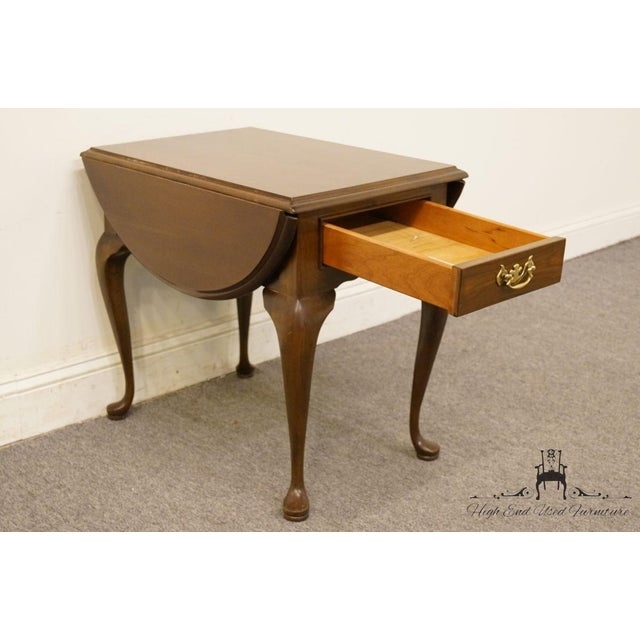 20th Century Queen Anne Cherry Wood Drop-Leaf End Table For Sale - Image 10 of 13