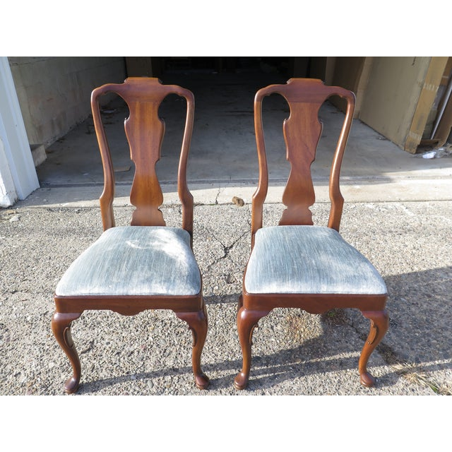 Item: Set Of 4 HENREDON 18th C. Collection Walnut Dining Chairs Age: Approx: 30 Years Old Details: 18 C. Collection Queen...