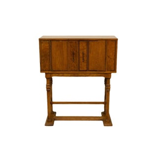 20th Century Traditional Ridgeway Solid Oak Storage Cabinet/Bar For Sale