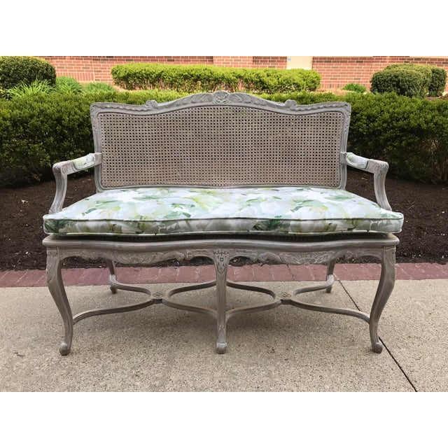 1950s Vintage Country French Caned Carved Settee Designers Guild Floral Peony Print For Sale - Image 9 of 10