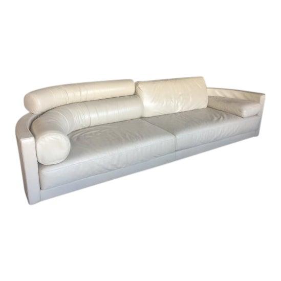 Postmodern I4 Mariani Pace Molto-DI Italian White Leather Sofa For Sale