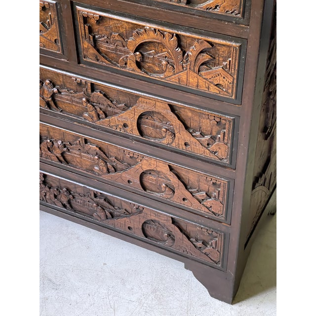 Chinoiserie Carved Camphor Wood Batchelor's Chest For Sale In Atlanta - Image 6 of 13