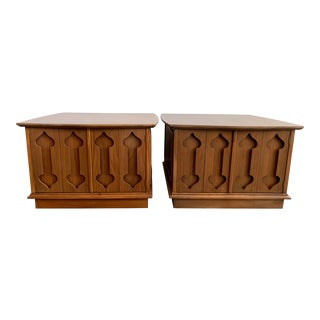"""Mid-Century Modern Side Tables Carved """"Spade"""" Fruit - Pair For Sale"""