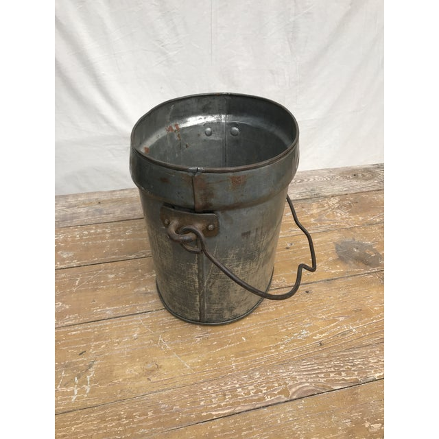 Vintage Oval Tin Bucket With Iron Handle For Sale - Image 4 of 8