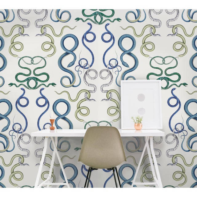2010s Schumacher X Charlap Hyman Herrero Giove Wallpaper in Agate & Onyx For Sale - Image 5 of 5