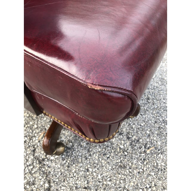 1990s Vintage Cabot Wrenn Executive Style Leather Swivel Chair For Sale In Philadelphia - Image 6 of 13