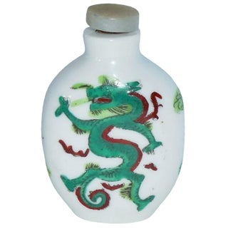Porcelain Emerald Dragon Snuff Bottle
