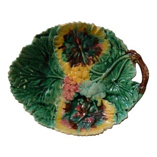 19th-Century English Majolica Bowl For Sale