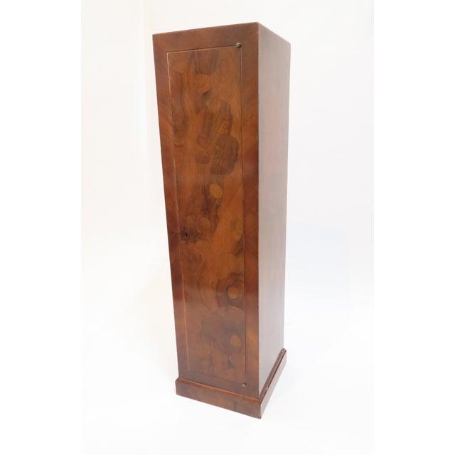 Traditional Burlwood Pedestal - Image 3 of 8