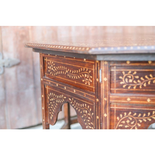 Mid 20th Century Large Octagonal Bone Inlay Floral Table For Sale - Image 5 of 9