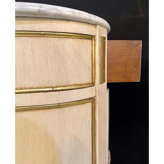 Hollywood Regency Painted End Tables, Nightstands or Pedestals, a Pair For Sale - Image 12 of 13
