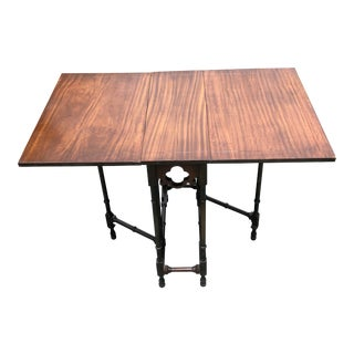 1900s Traditional Hastings Co, Antique Gate Leg Table For Sale