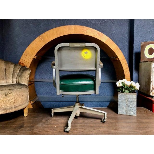 Industrial 1950s Vintage Beefy Steelcase Banker Rolling Desk Chair For Sale - Image 3 of 11