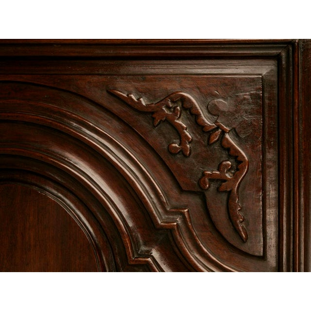 Louis XIV Exquisite 17th C. Hand-Carved French Louis XIV Bonnetiere/Armoire For Sale - Image 3 of 11