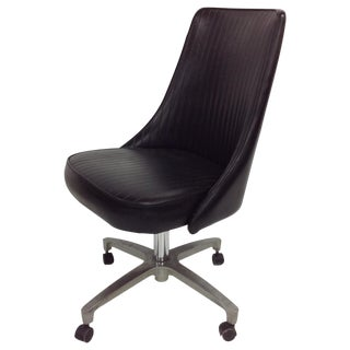 Chromcraft Sculptura Chair on Black Casters For Sale