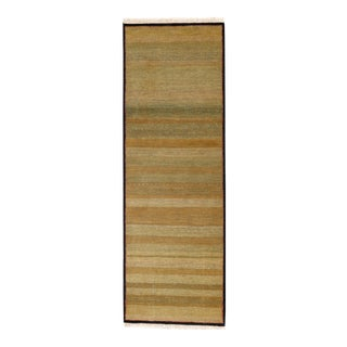 "Mahindra Grass Hand Knotted Wool Runner Rug - 2'9"" X 8'3"" For Sale"