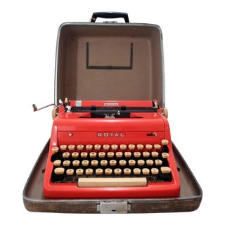 Mid Century Red Royal Quiet De Luxe Typewriter & Case For Sale