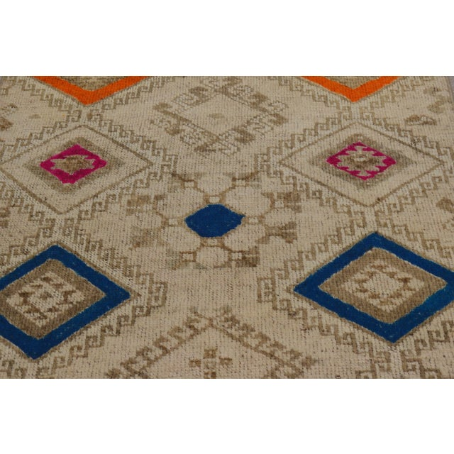 Contemporary 1950s Contemporary Tan Patterned Wool Rug, 3'4''x10' For Sale - Image 3 of 6