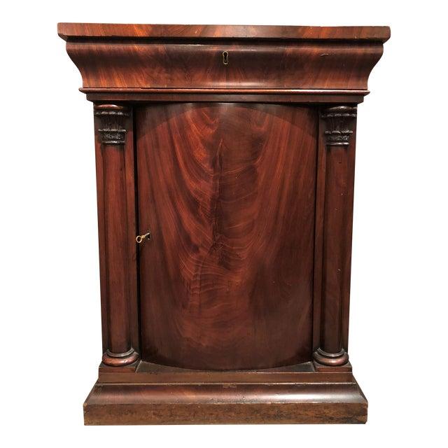 Excellent Antique American Federal Mahogany Cabinet, Circa 1830-1840