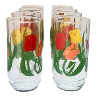 Vintage Tulip Themed Drinking Glasses - Set of 8 For Sale