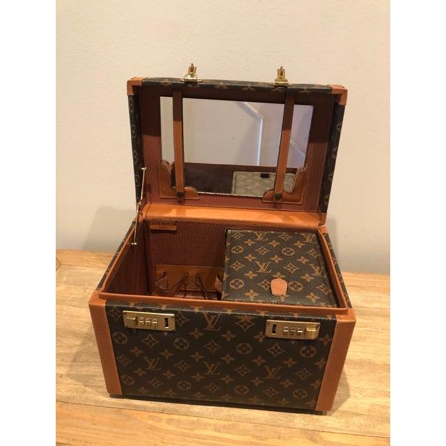 1970s 1970's Vintage Louis Vuitton Train Case For Sale - Image 5 of 12
