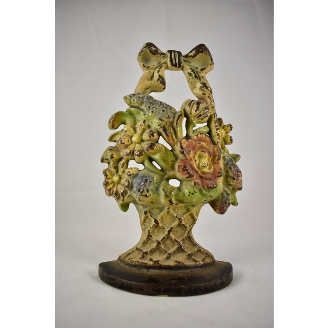 Metal 1930s Hubley Cast Iron Basket with Bow & Flowers Doorstop For Sale - Image 7 of 9