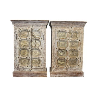 1920s Farmhouse Rustic Whitewashed Brass Elephants Side Tables - a Pair For Sale