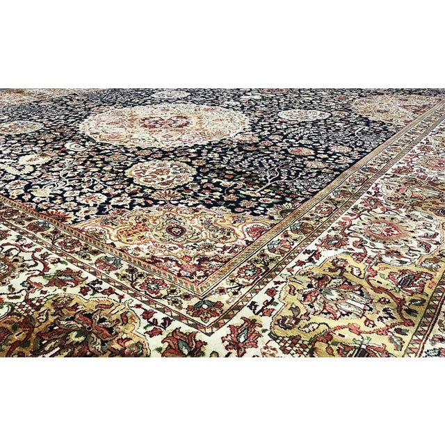 "Traditional Gallery Size Traditional Hand Woven Rug - 10'1"" X 17'5"" For Sale - Image 3 of 3"