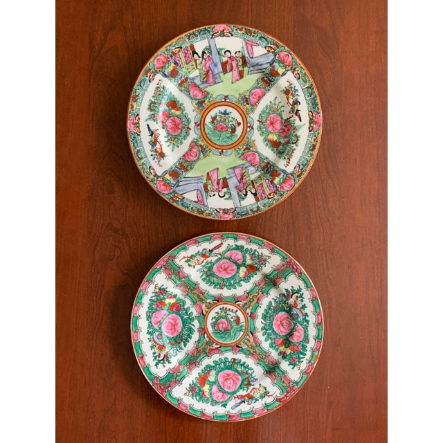 1970s Vintage Chinese Rose Medallion Famille Rose Hand Decorated Porcelain Plates - a Pair For Sale - Image 10 of 10