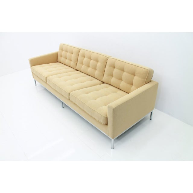 Knoll International Florence Knoll Sofa for Knoll International For Sale - Image 4 of 11