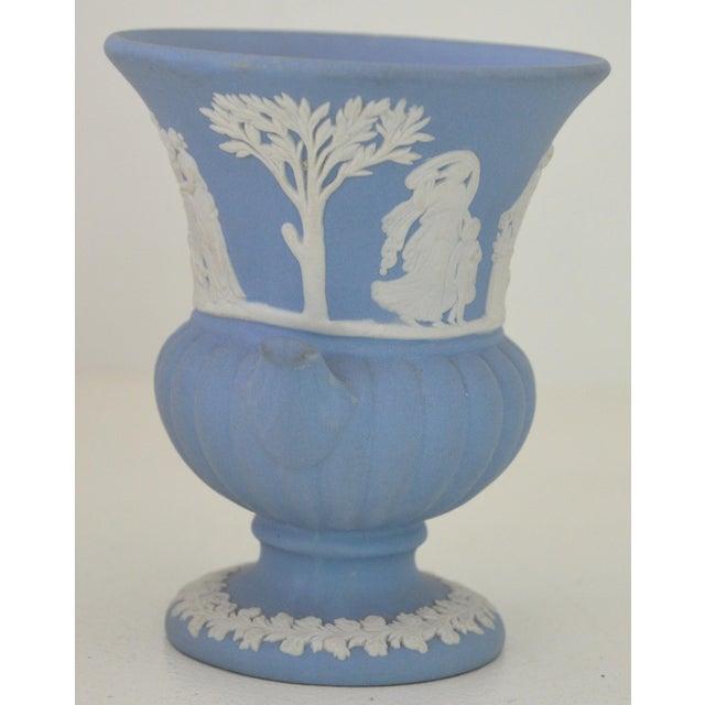 Antique Wedgwood Jasperware Blue & White Urn Vase England Miniature For Sale - Image 5 of 11