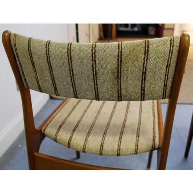 Johannes Andersen Uldum Danish Modern Teak Dining Chairs - Set of 8 For Sale In Philadelphia - Image 6 of 12