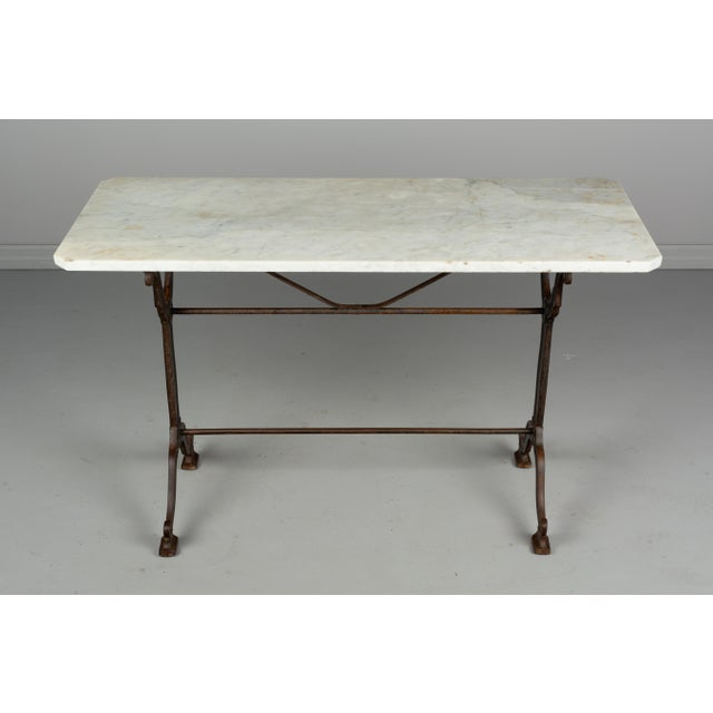 1920s Antique French Cast Iron Marble Top Bistro Table For Sale In Orlando - Image 6 of 8
