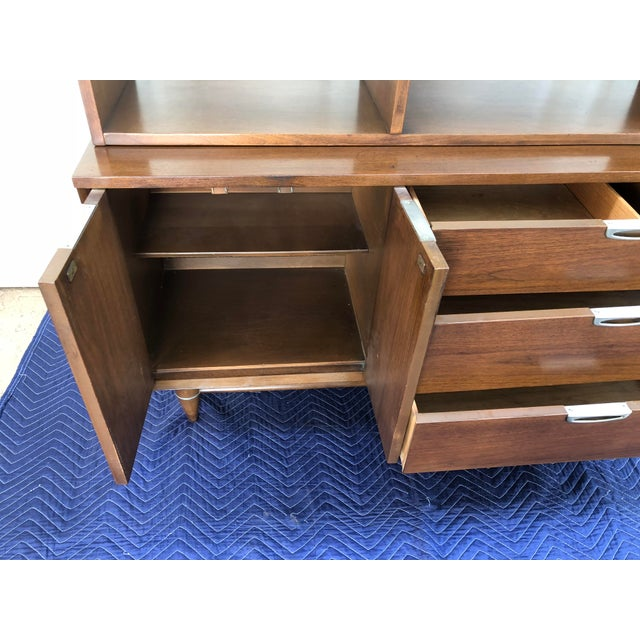 1960s Mid Century Modern Broyhill Premier Accent Line Hutch For Sale - Image 10 of 13