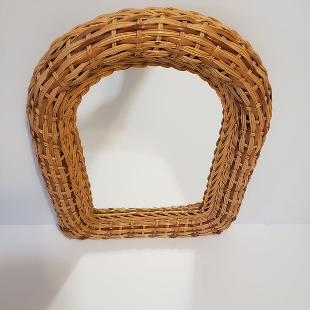 Vintage Natural Wicker Original 1970's Arch Wall Mirror Mid Century Modern Wall Hanging Good Condition with no chips or...