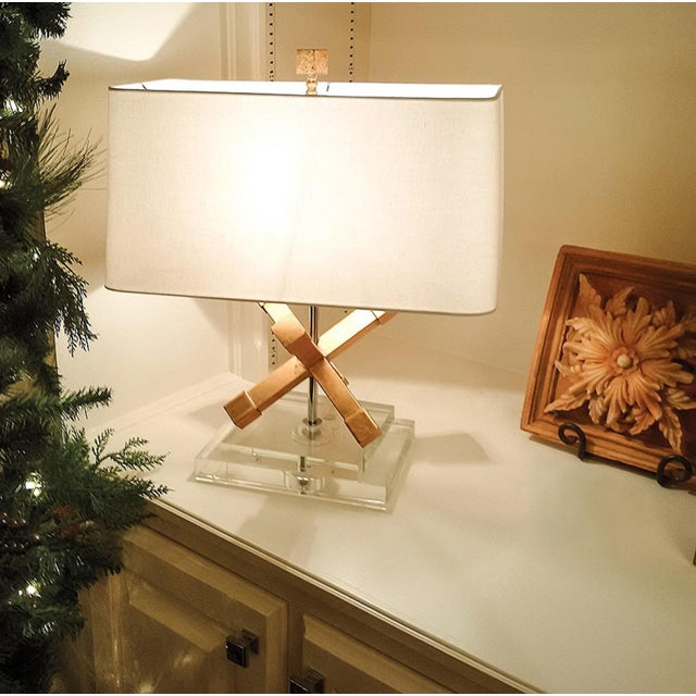 Mid-Century Modern Contemporary Jackson Square Gold Steel Table Lamp For Sale - Image 3 of 7