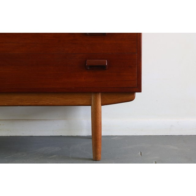 1960s Danish Mid Century Modern Borge Mogensen Teak and Oak Chest of Drawers/Buffet For Sale - Image 5 of 6