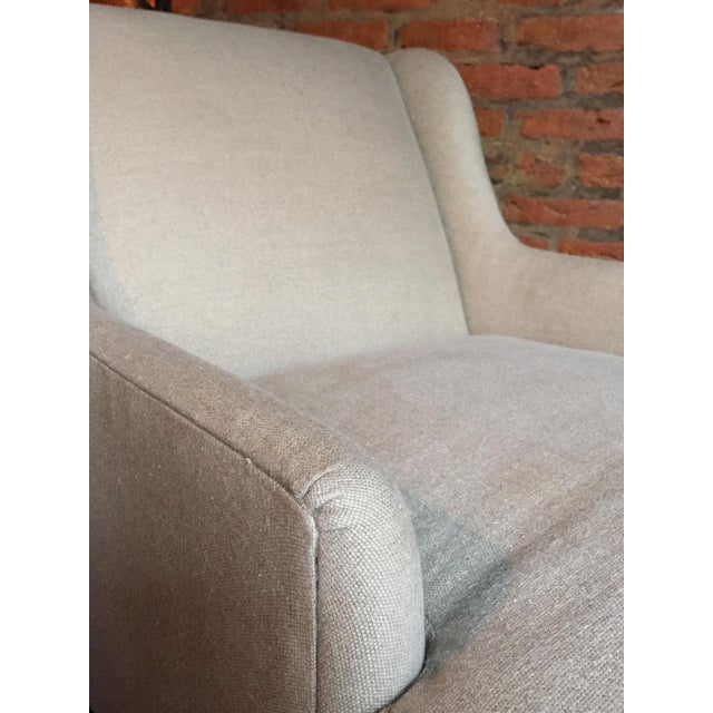 Tan 1940s Danish Chaise Lounge in Belgian Linen For Sale - Image 8 of 13