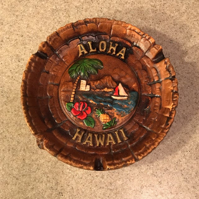 Very cool vintage Aloha Hawaii Ashtray from the 1960s-70s! Great retro design and feel.