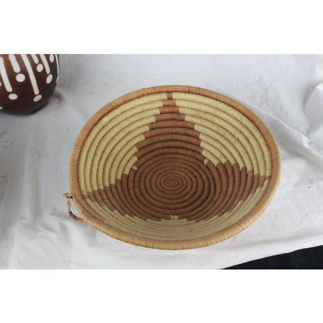 Primitive Ghanian Triangle Basket For Sale - Image 3 of 7