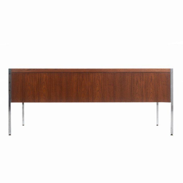 Richard Schultz Executive Desk For Sale In New York - Image 6 of 12