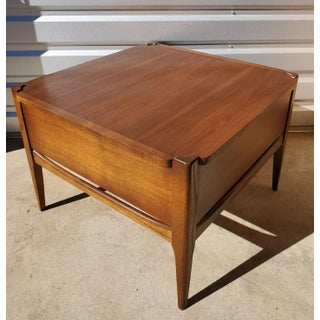Mid Century Modern Bassett Furniture Walnut Square End Table Preview