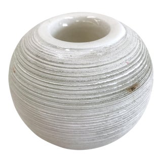 Round Antique White Ceramic Match Striker