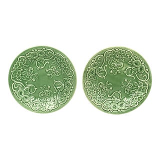 1980s Bordallo Pinheiro Portugal Pottery Green Plates - Set of 2 For Sale